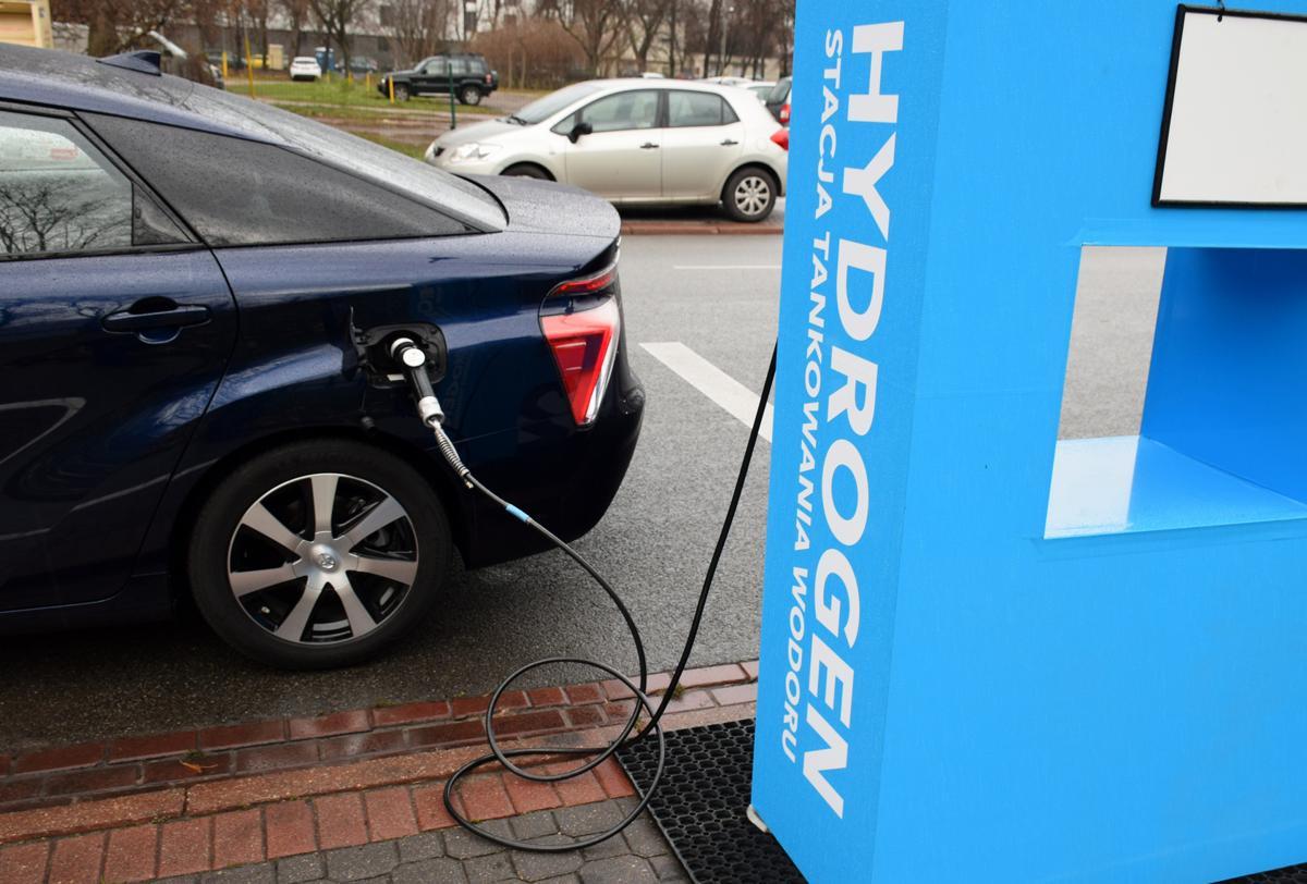 """Résultat de recherche d'images pour """"hydrogen car"""""""