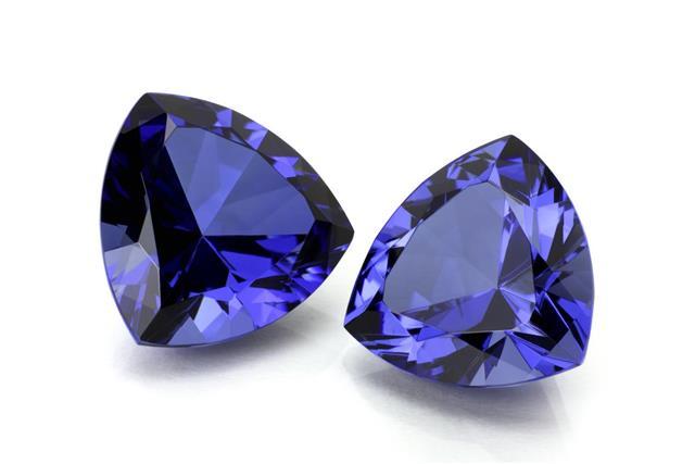 Pair of Tanzanite or Sapphire