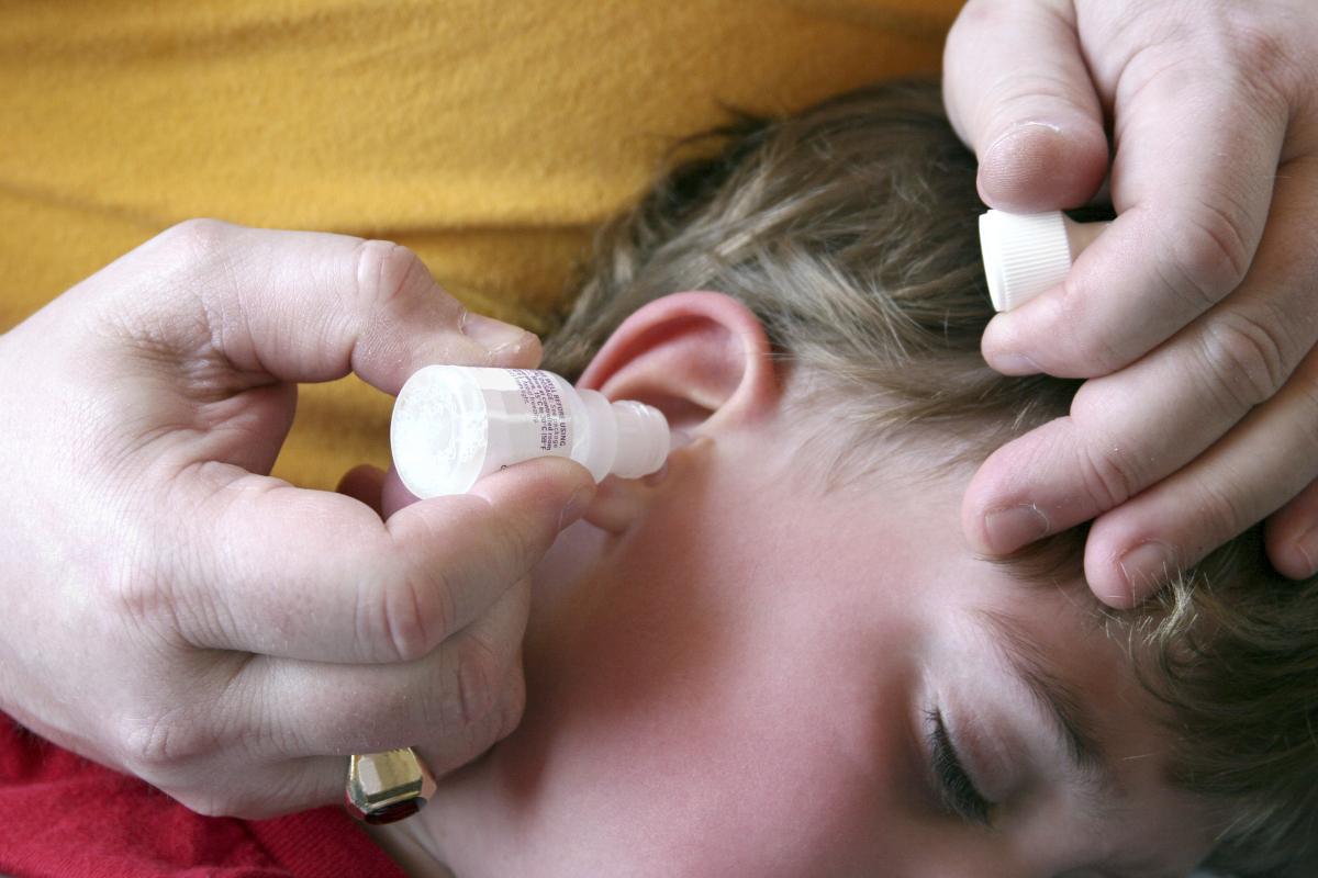 hydrogen peroxide ear wax