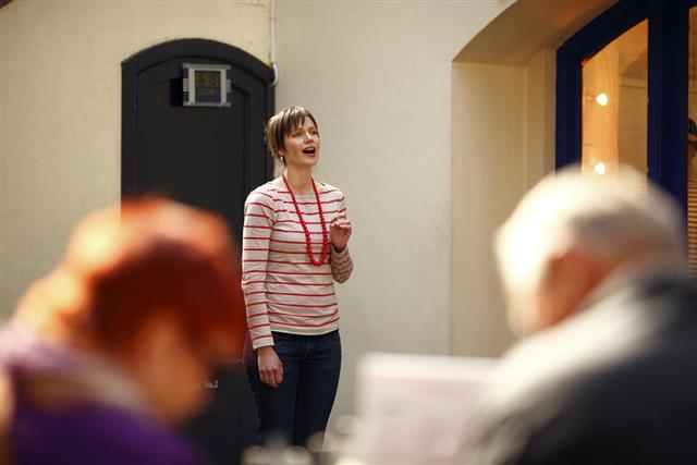 Opera Singer in Covent Garden Apple Market