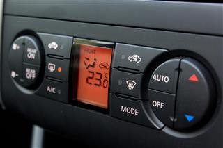 Air conditioner control in car