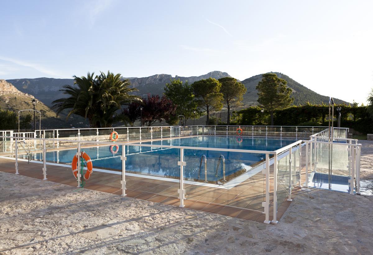 Swimmingpool In The Sun Backyard Swimming Pool