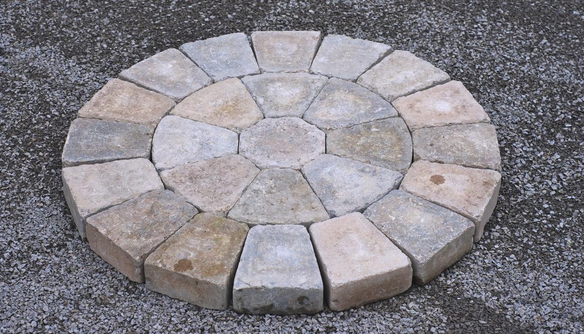Basic Yet Beautiful Brick Paver Patterns to Choose From