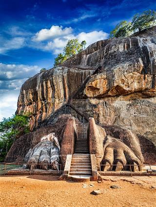 Lion Paws Pathway On Sigiriya Rock