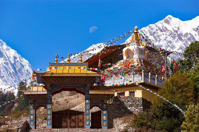 Mountain Monastery Manaslu Everest Circuit Nepal Motives
