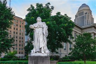 Louis Xvi Statue Louisville Kentucky