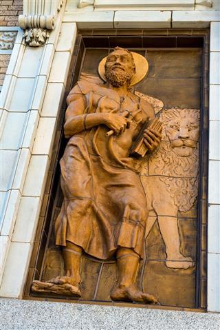 Apostle Mark Statue