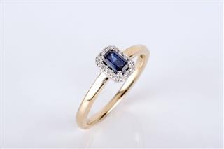 Precious Ring Jewelry