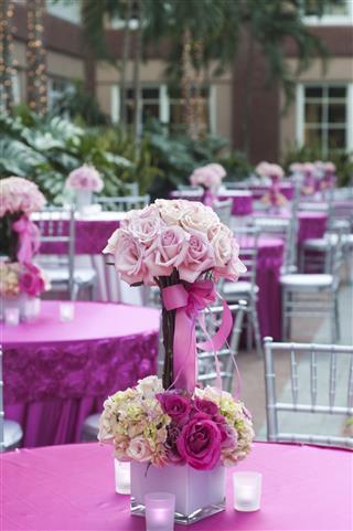 Elegant Centerpiece Floral Arrangement