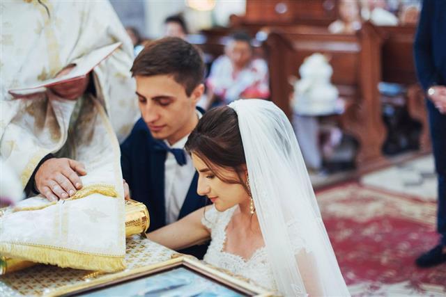 bride and groom church wedding ceremony