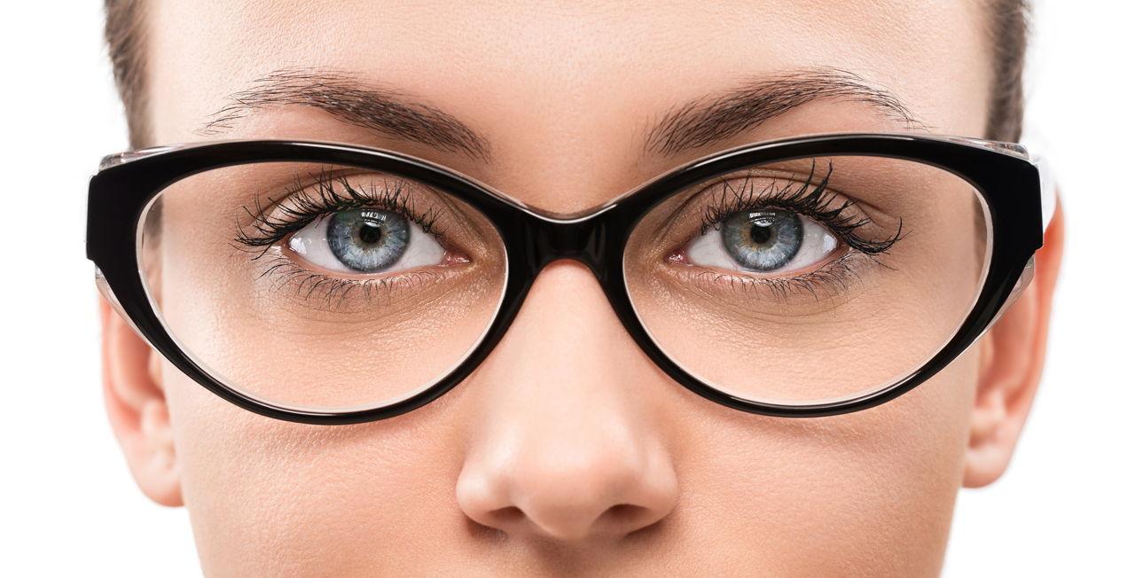 017fe254cc8 The Most Popular Eyeglass Frames for Women That are Ever-trending