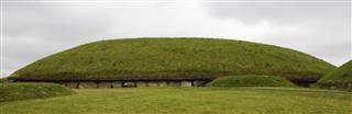 Knowth Ireland