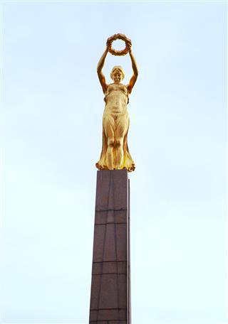 Luxemburg War Memorial Statue