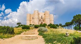 Historic And Famous Castel Del Monte