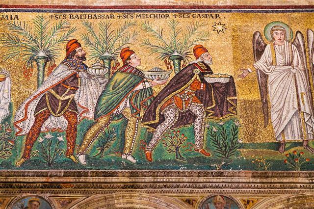 Mosaic Magi In Sant Apollinare Nuovo