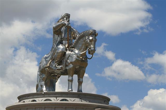 Dschingis Khan Monument Zonjin Boldog Mongolei